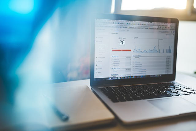 Understanding the Benefits of Web Analytics for Online Business Growth
